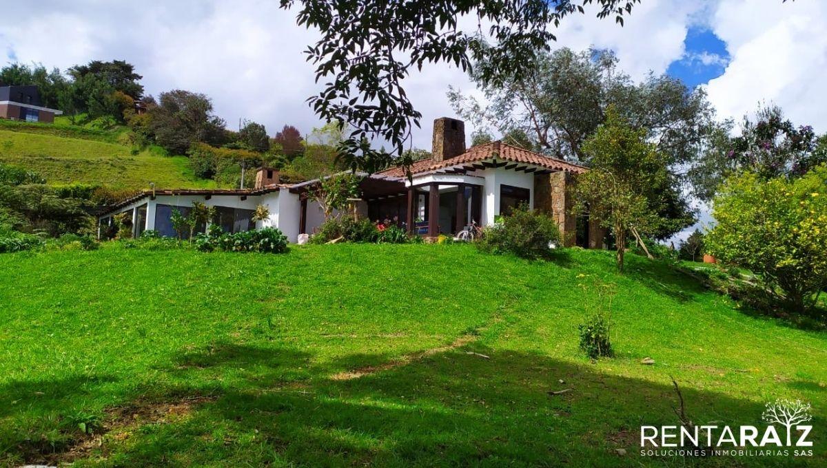 Las Palmas – Hermosa Casa Finca Ubicada En Sector Exclusivo (Cod 840)