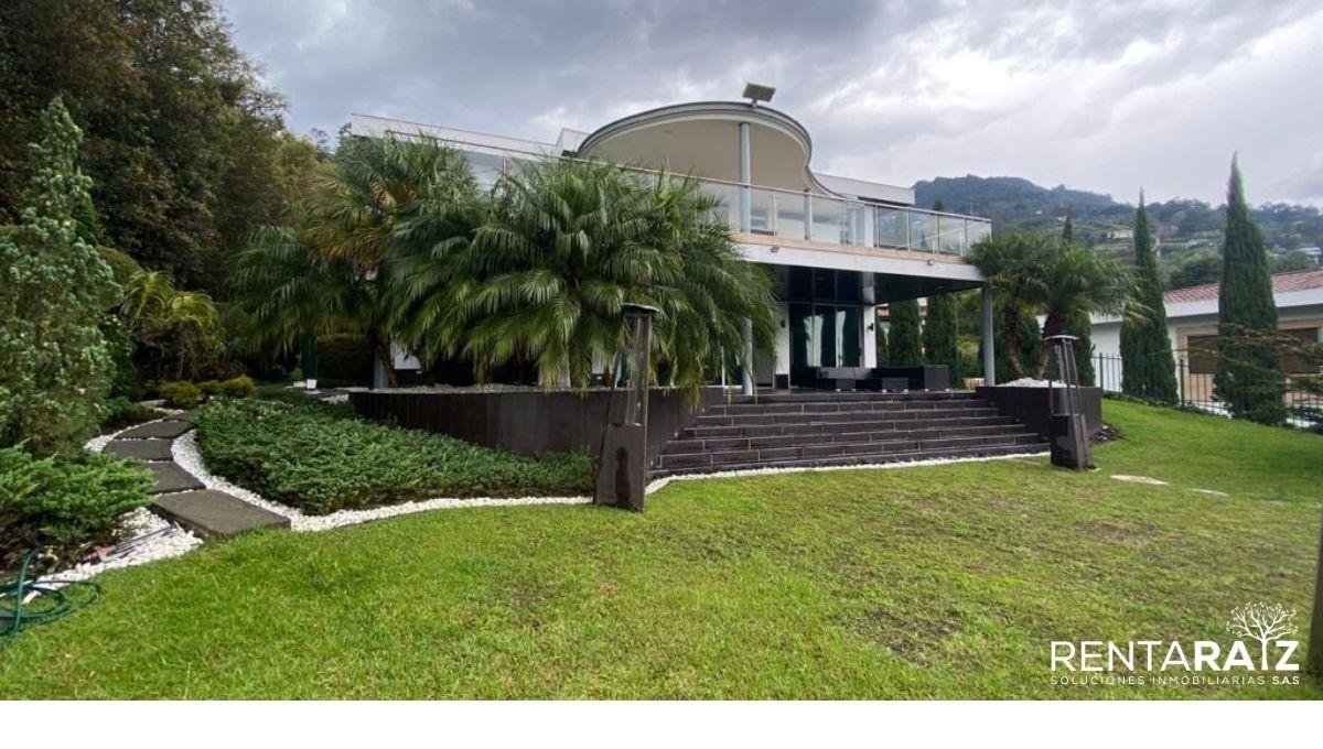 El Poblado – Exclusiva casa De Lujo Con Espectacular Lote Independiente (Cod 876)